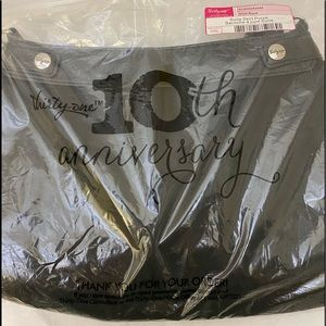 Thirty One Suite Skirt Purse BLACK New In Package
